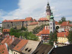 вид на Чешский Крумлов и замок с городской смотровой площадки