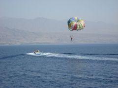 Израиль, Эйлат, прогулка на яхте, где-то там вдали берег Саудовской Аравии