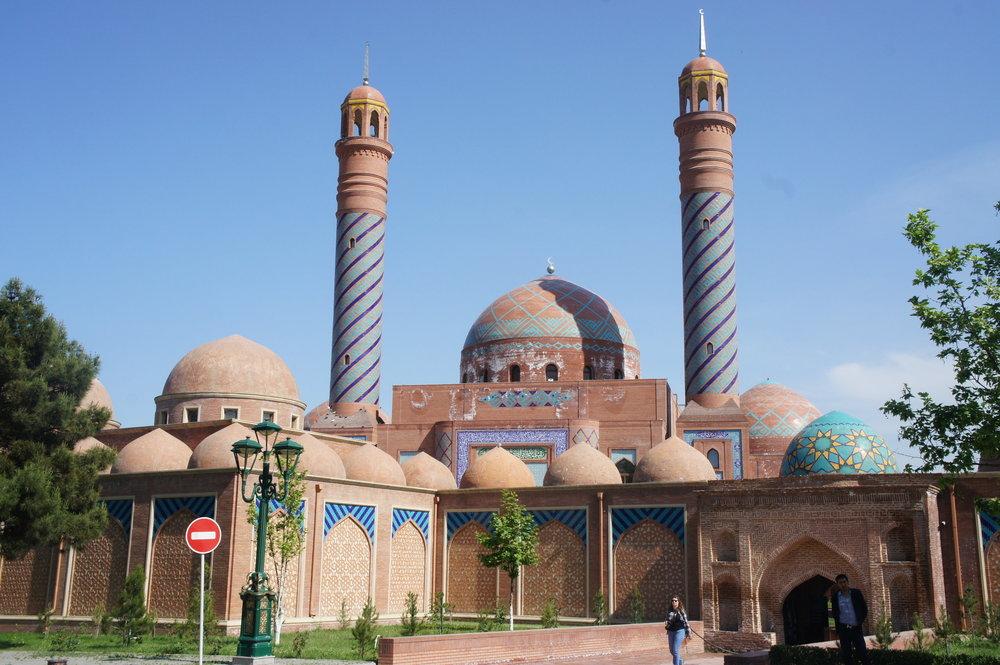 DSC02955 Азербайджан комплекс-паломническая мечеть %22Имам-Заде%22   .JPG