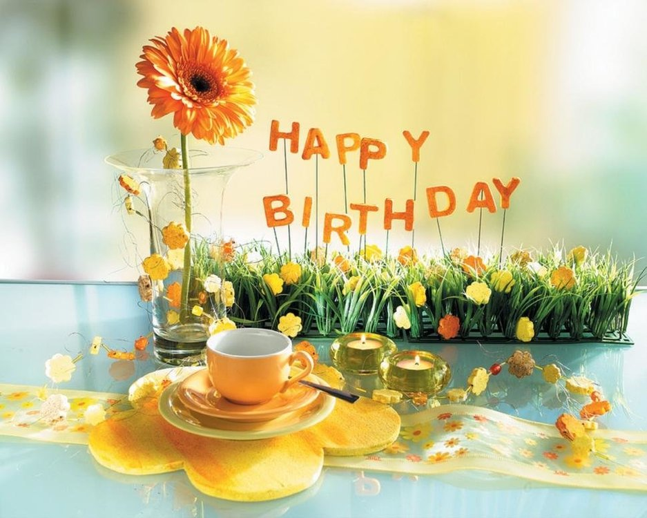 beautiful-happy-birthday-images-720P-wallpaper-middle-size.jpg