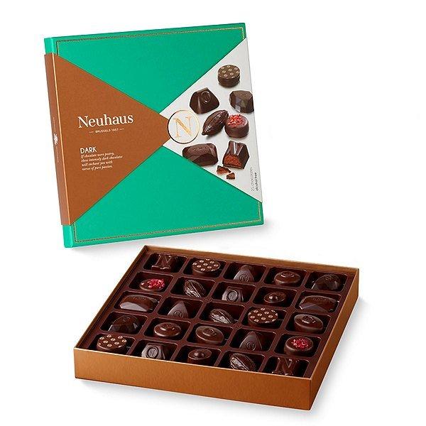 neua000367_02_neuhaus-gourmet-dark-chocolate-gift-tower[1].jpg