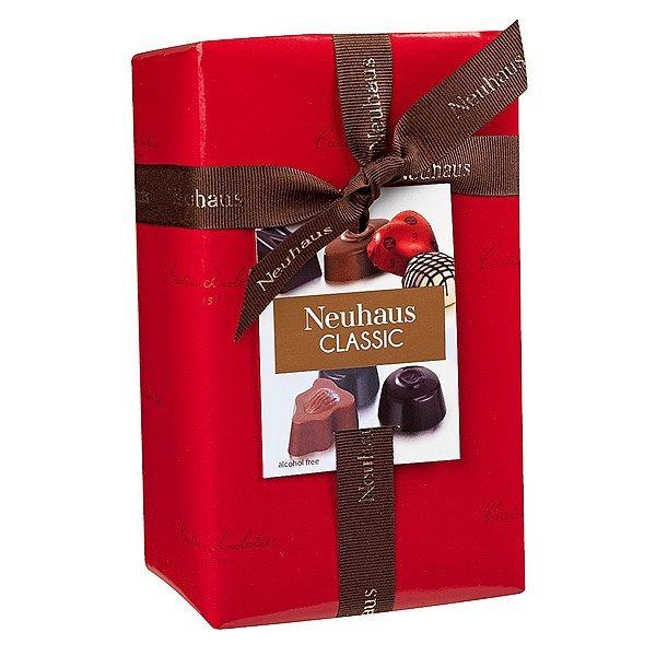 neua000003_01_chocolate-ballotin-1-2-lb-17-pcs[1].jpg