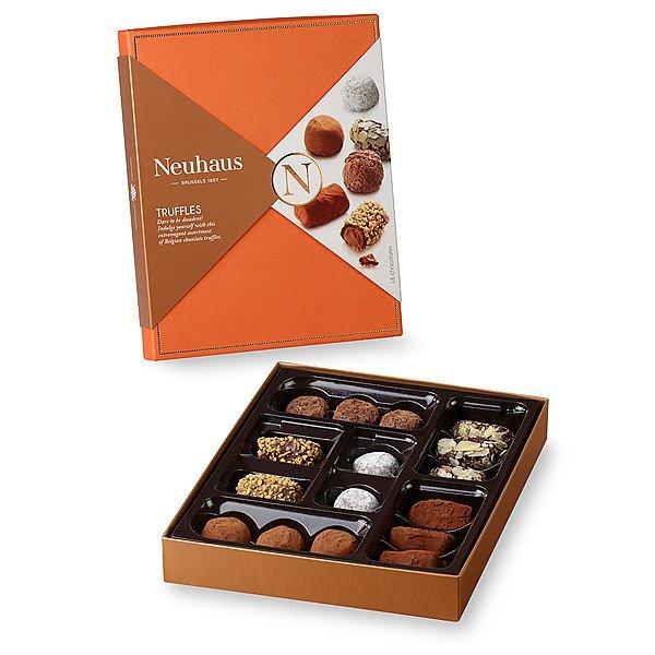 neua000019_01_neuhaus-collection-chocolate-truffles-glamour-16-pcs[1].jpg