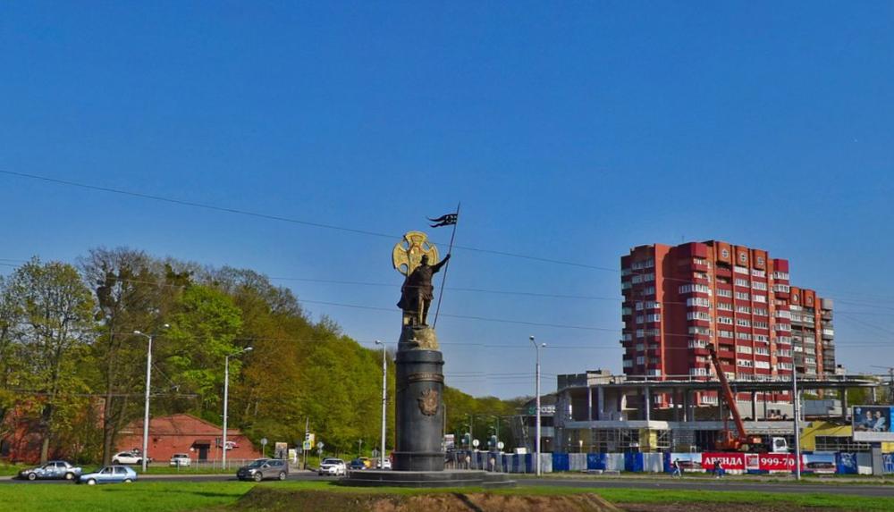 Памятник Александру Невскому.png