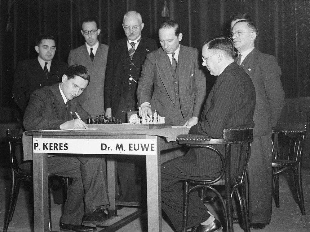 _____1280px-ChessWC1948-5.jpg