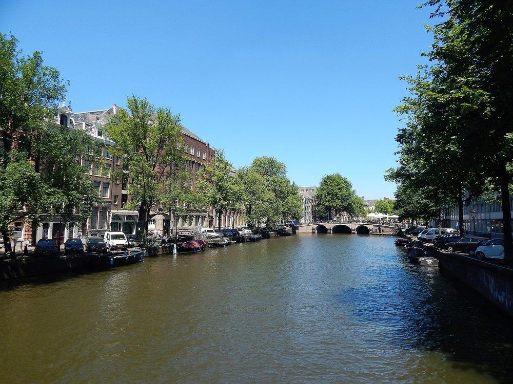 Амстердам( канал).jpg