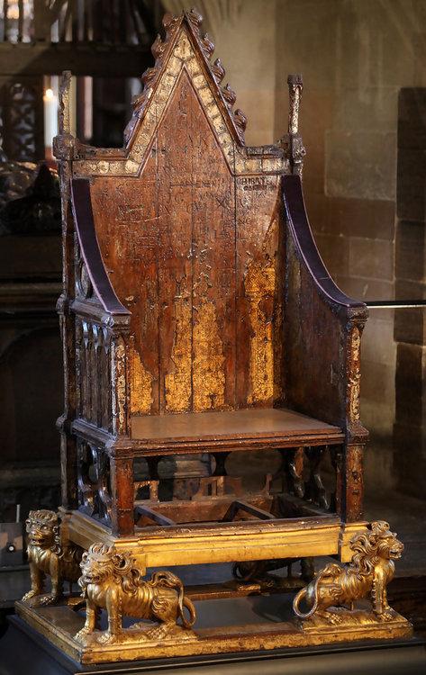 Coronation Chair Westminster.jpg