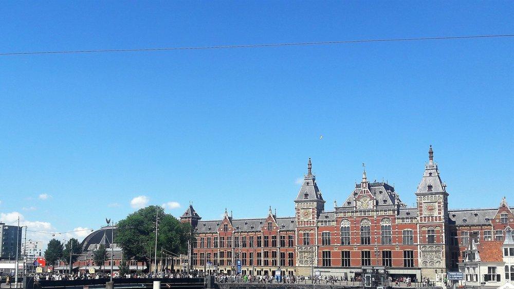 Амстердам( вокзал).jpg