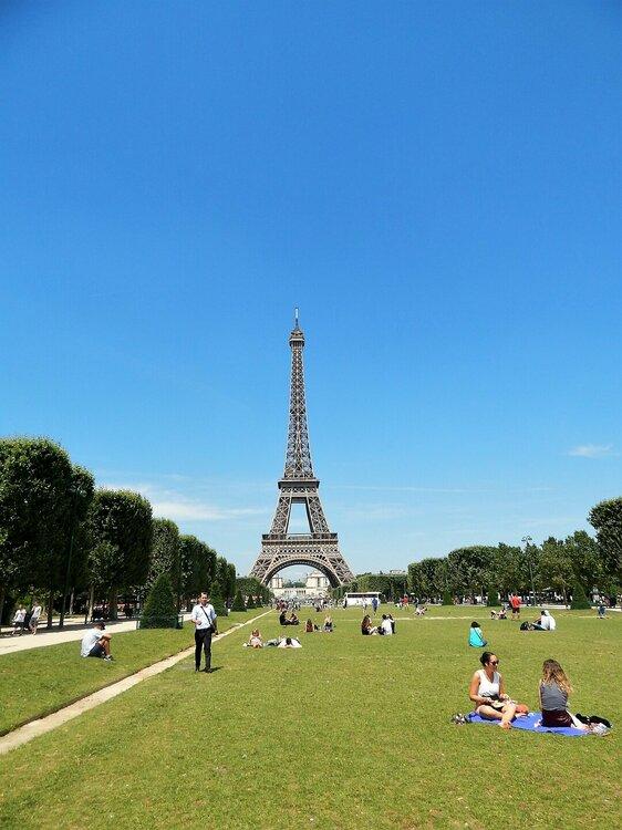 Париж Эйфелева башня 3.jpg