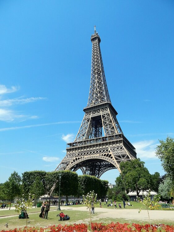 Париж Эйфелева башня1.jpg