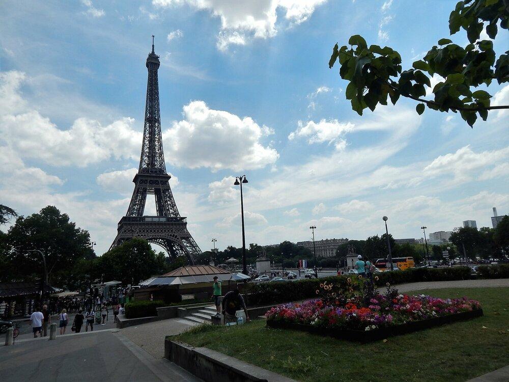 Париж дорога до  Трокадеро2.jpg