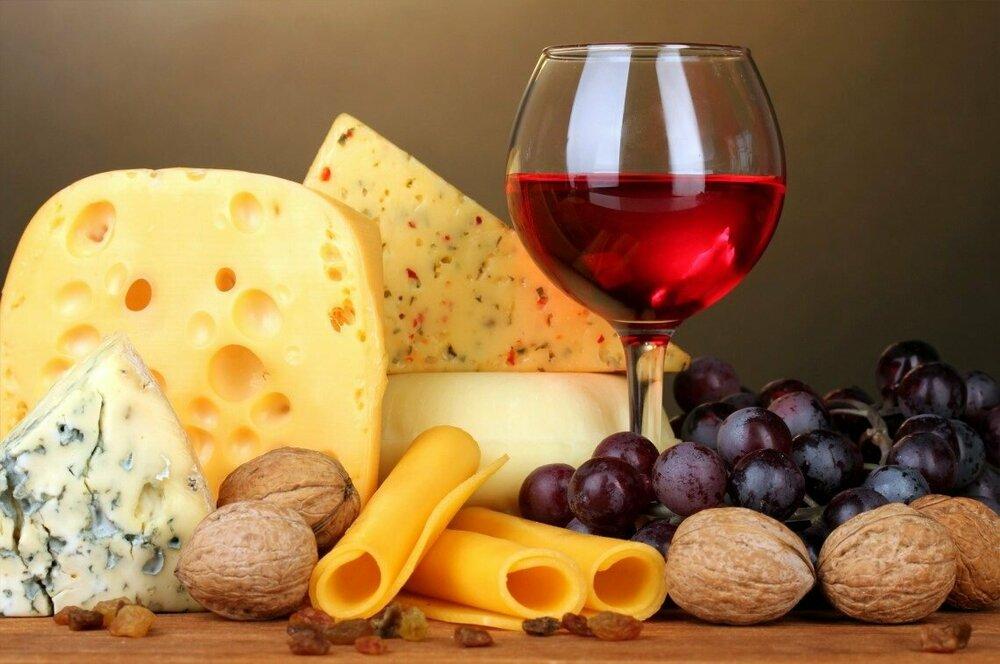 Вино 1 и сыр.jpg