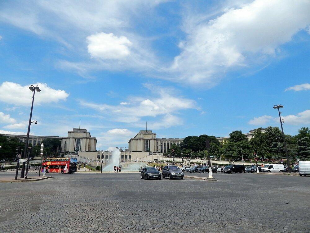 Париж дорога до Трокадеро1.jpg