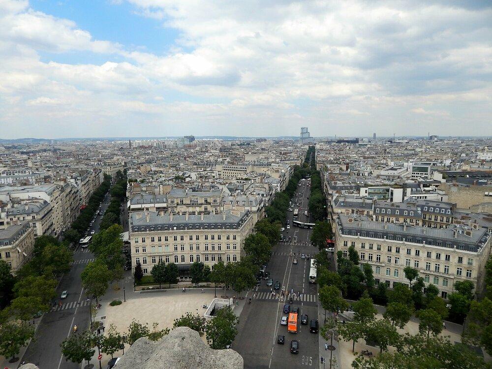 Париж Триумфальная арка 6.jpg