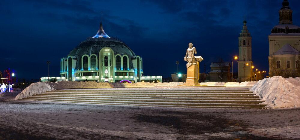 06_IMG_5769-70 Панорама Музей оружия.JPG