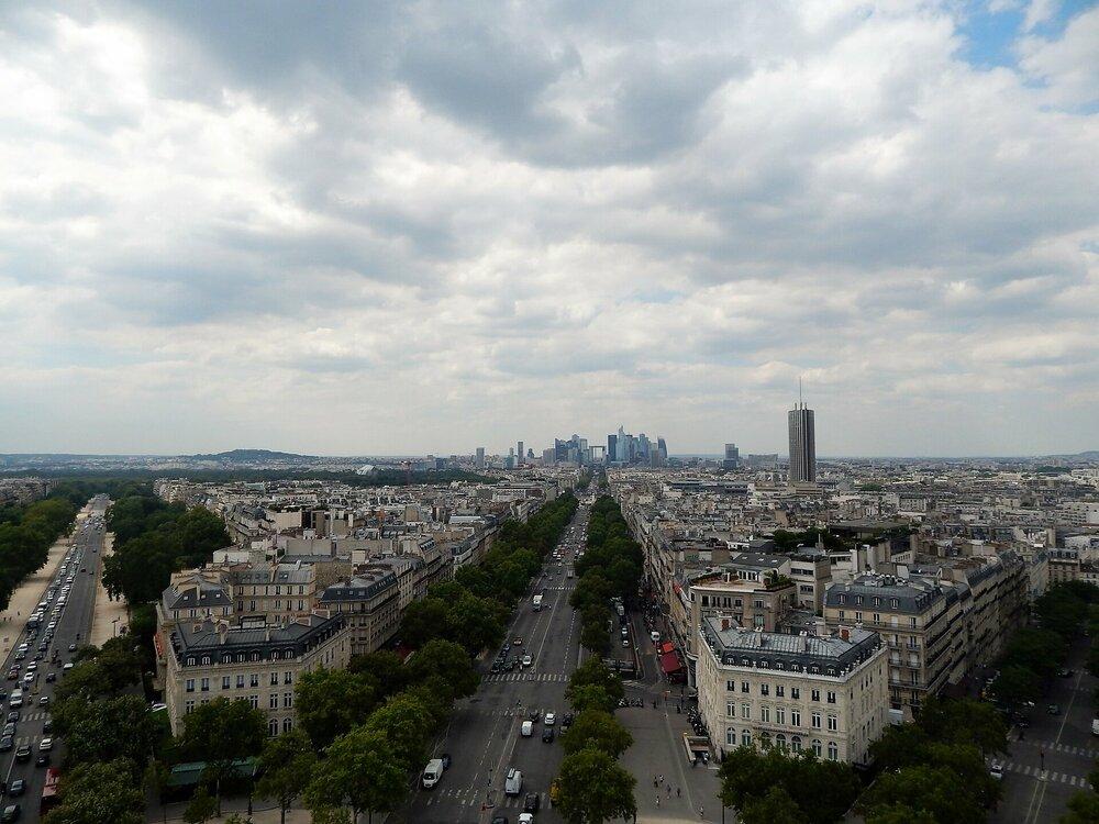 Париж Триумфальная арка2.jpg
