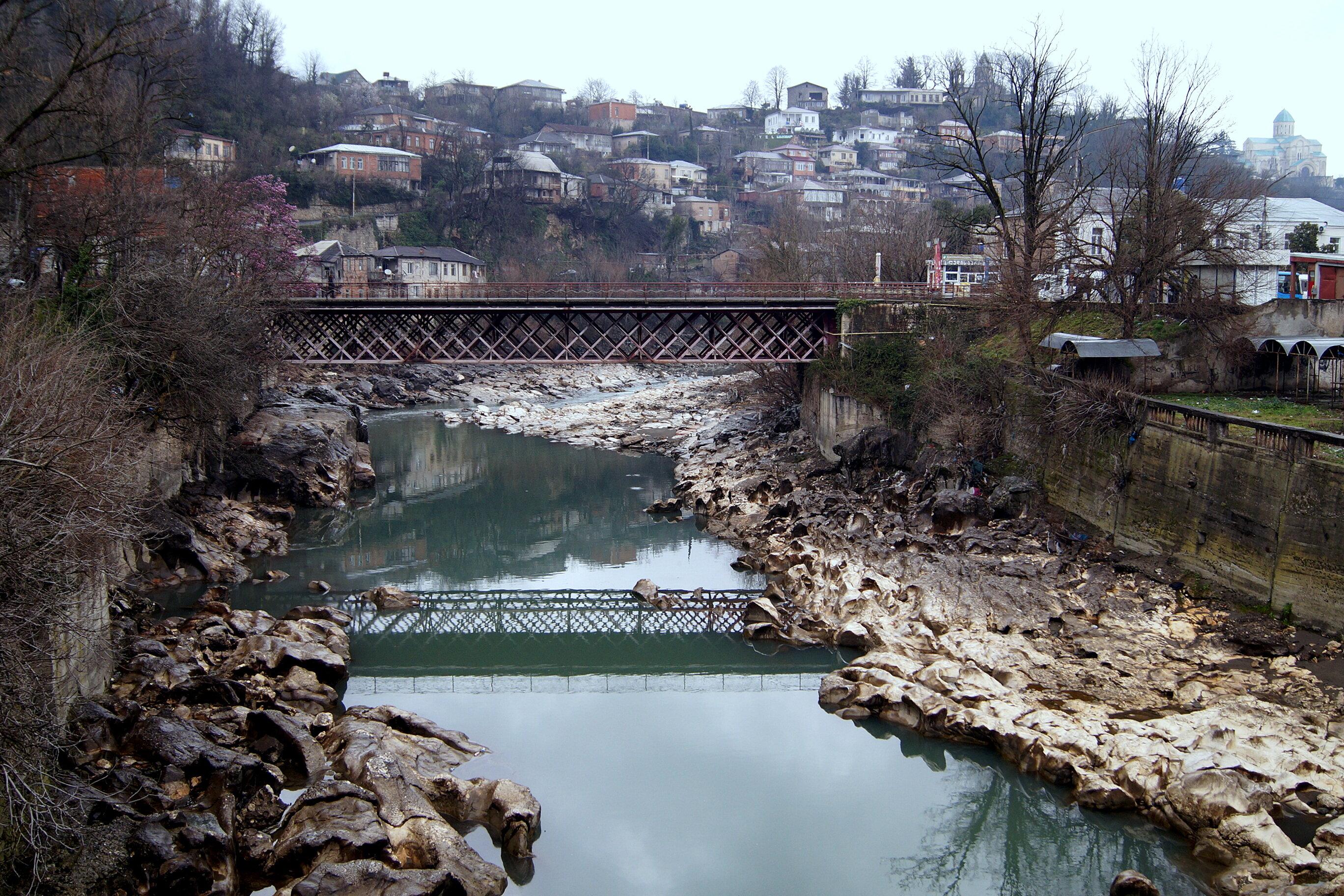 Путевые февральские заметки. Прогулки по Кутаиси. У Риони