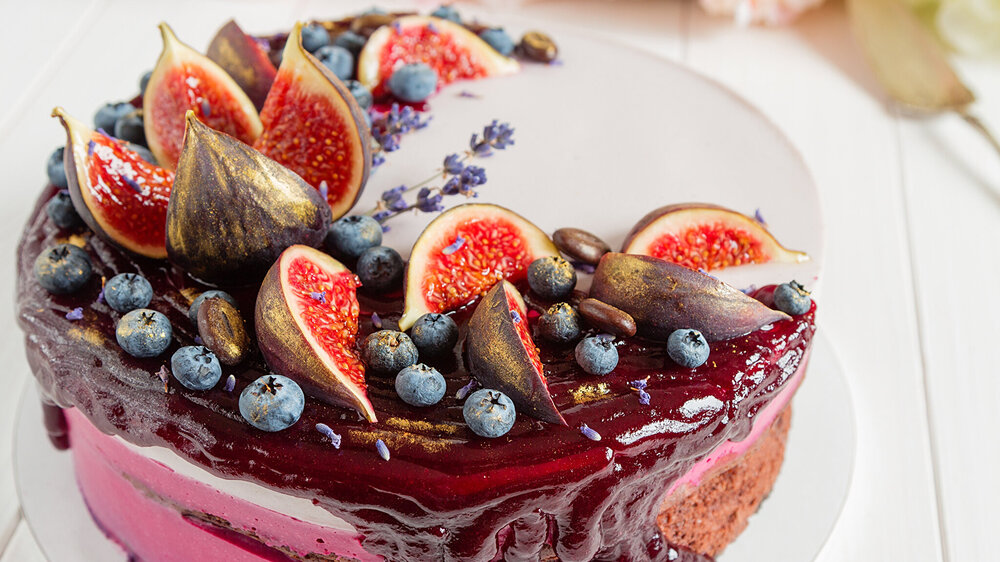 Sweets_Cakes_Common_fig_Blueberries_520816_2048x1152.jpg