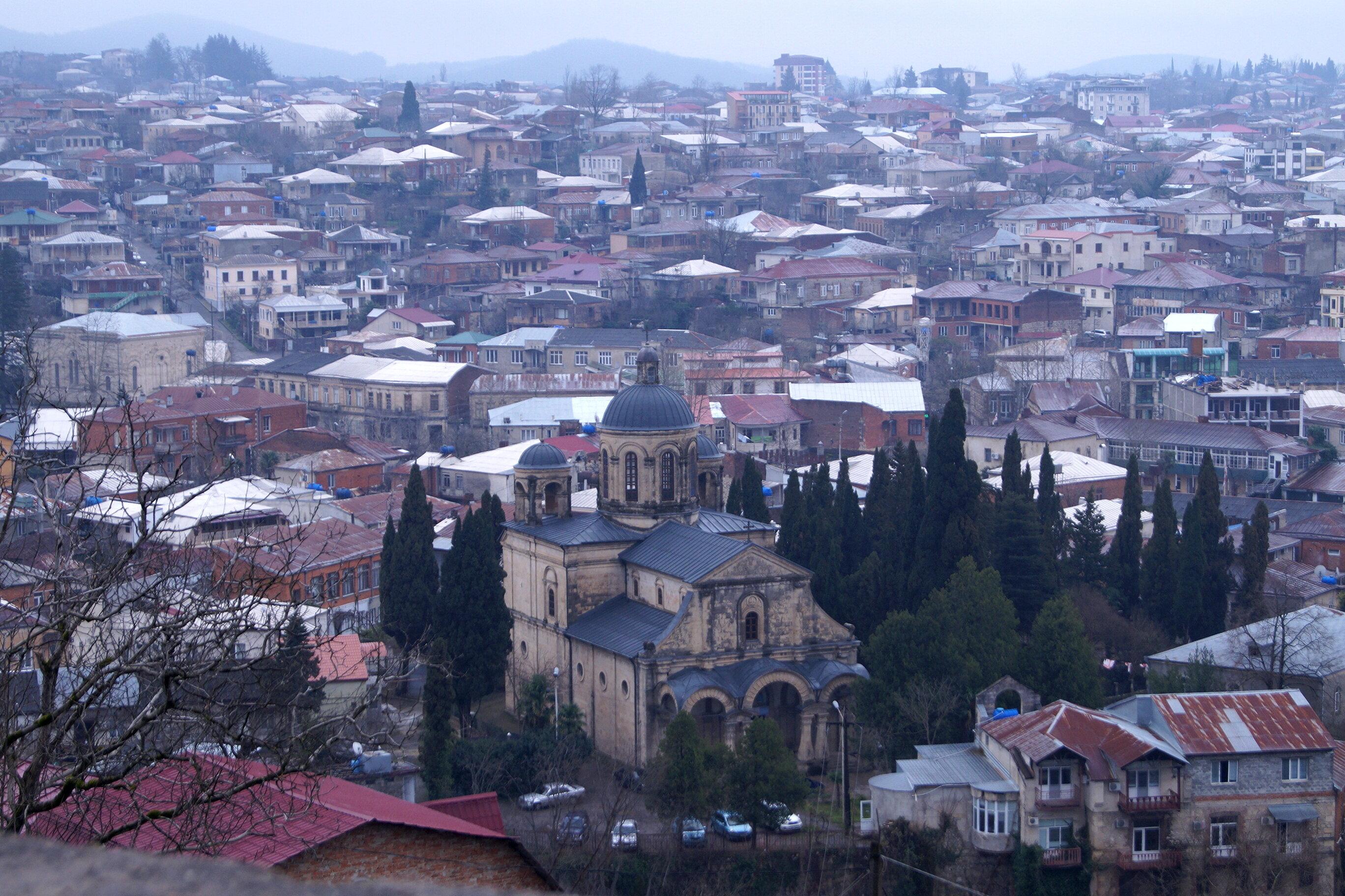 Путевые февральские заметки. Прогулки по Кутаиси. От храма к храму