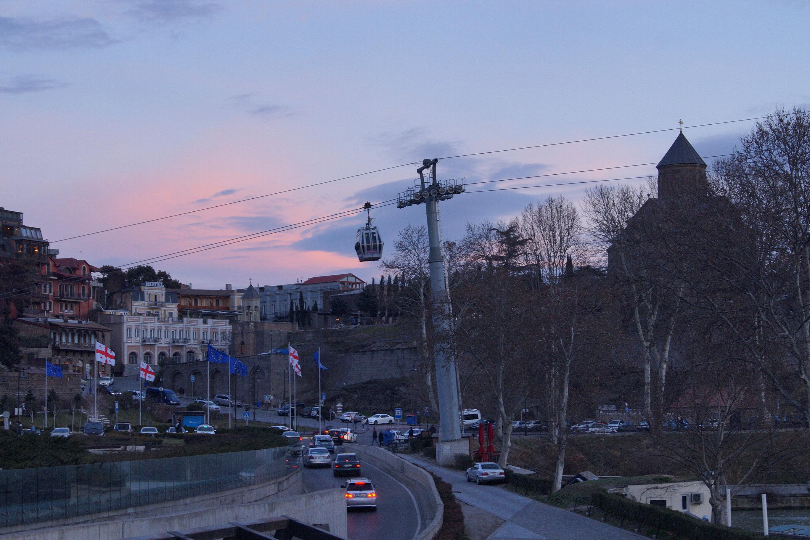 Путевые февральские заметки. Один тбилисский закат