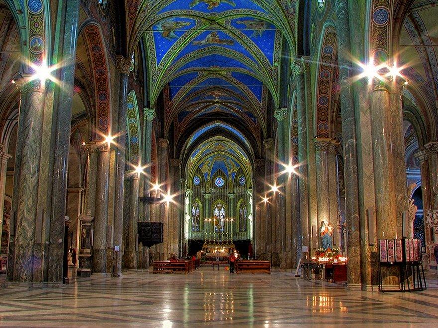 Cerkov-Santa-Marija-sopra-Minerva[1].jpg