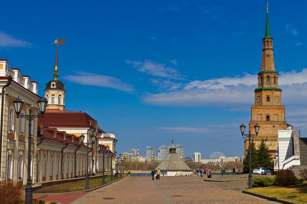 IMG_6206-1 Казанский Кремль Башня Сююмбике.jpg
