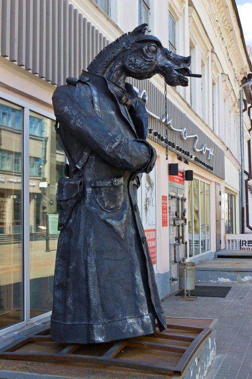IMG_6264-1 Казань Улица Баумана Конь в пальто.jpg
