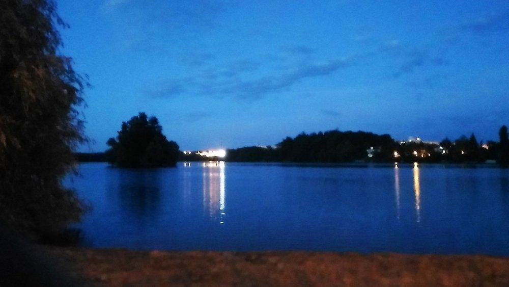 Вечерняя прогулка2.jpg