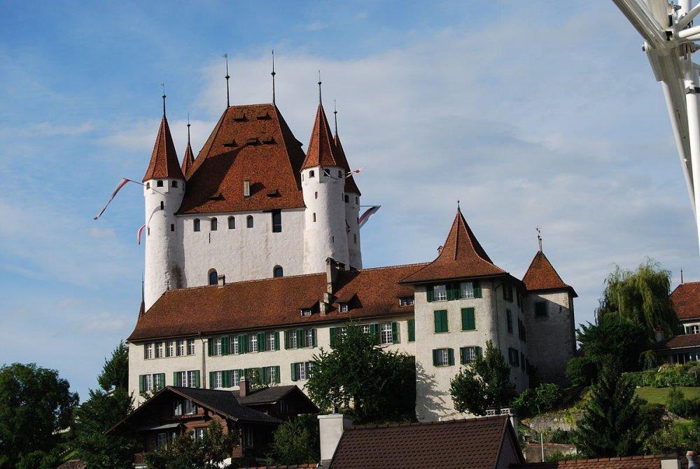 Замок-Тун.jpg
