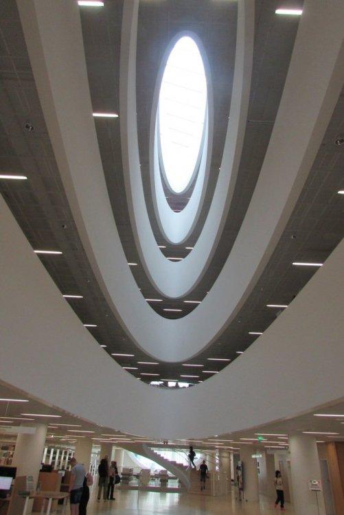 IMG_0034_БиблиотекаУниверситета.JPG