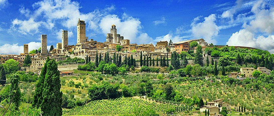San-Gimignano-Tuscany-Italy[1].jpg