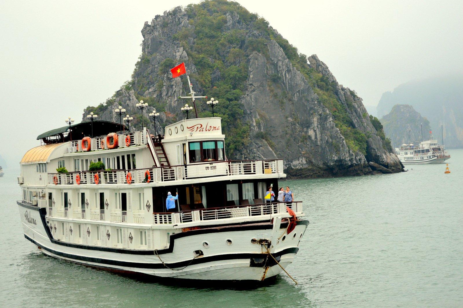 ВЬЕТНАМ, бухта Халонг. Яхта Garden Bay Cruise 4*, ужин-барбекю (продолжение)