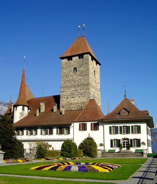 Schloss_Spiez.jpg
