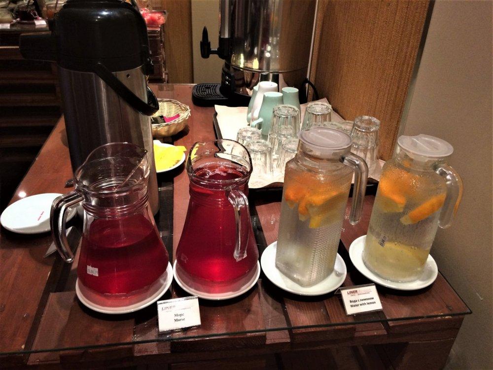 02_Завтрак в отеле.JPG