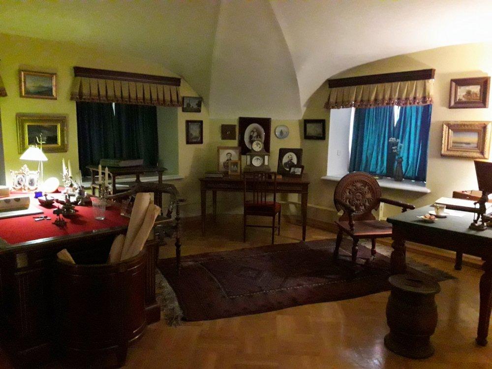 В комнатах семьи Александра III 1.jpg