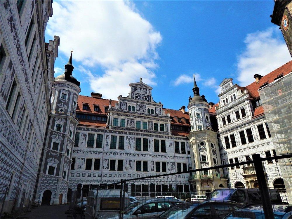 Дрезден( площадка).jpg