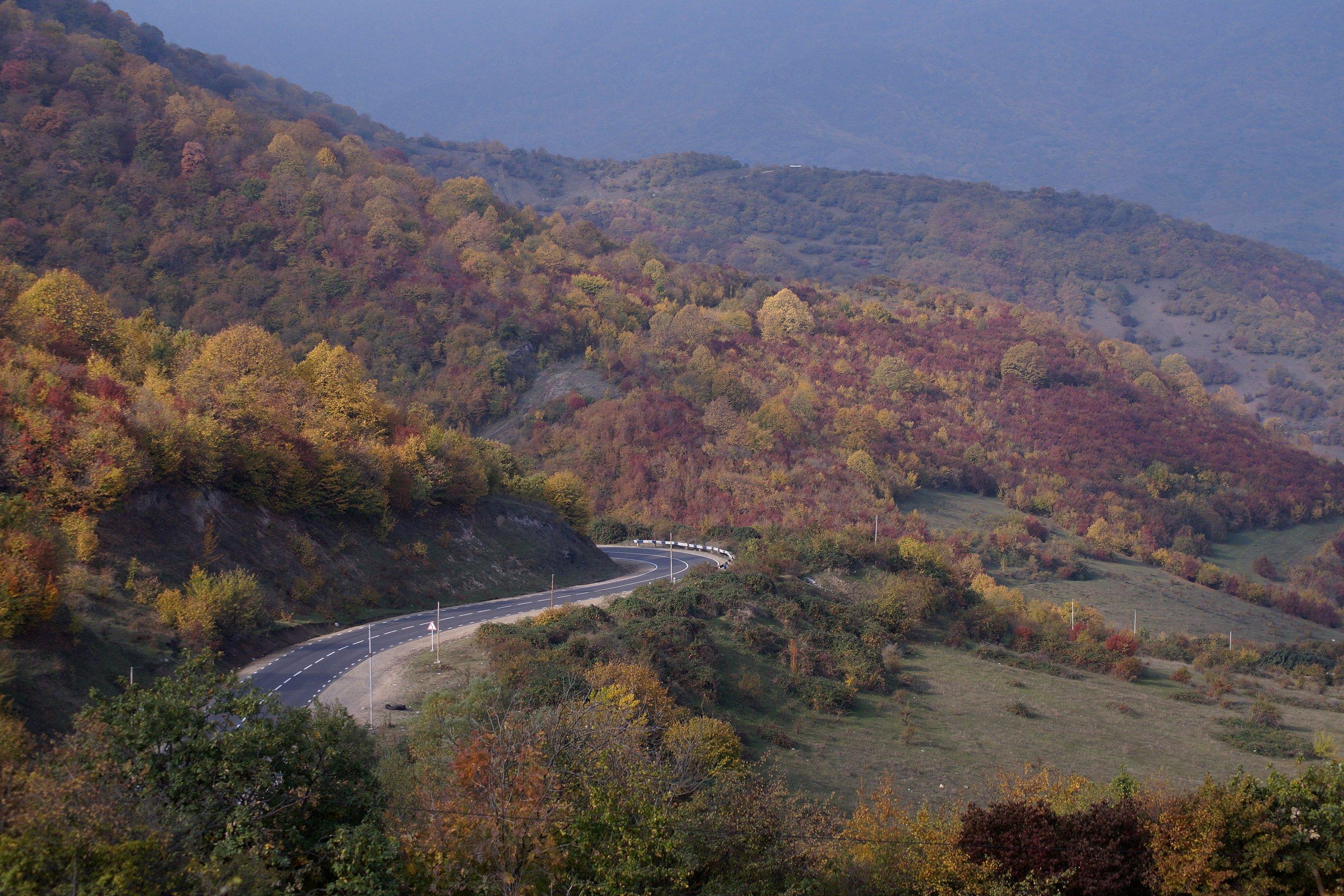 Осень на дорогах Армении (Заметки из солнечного отпуска. День 1, подготовительно-дорожный)