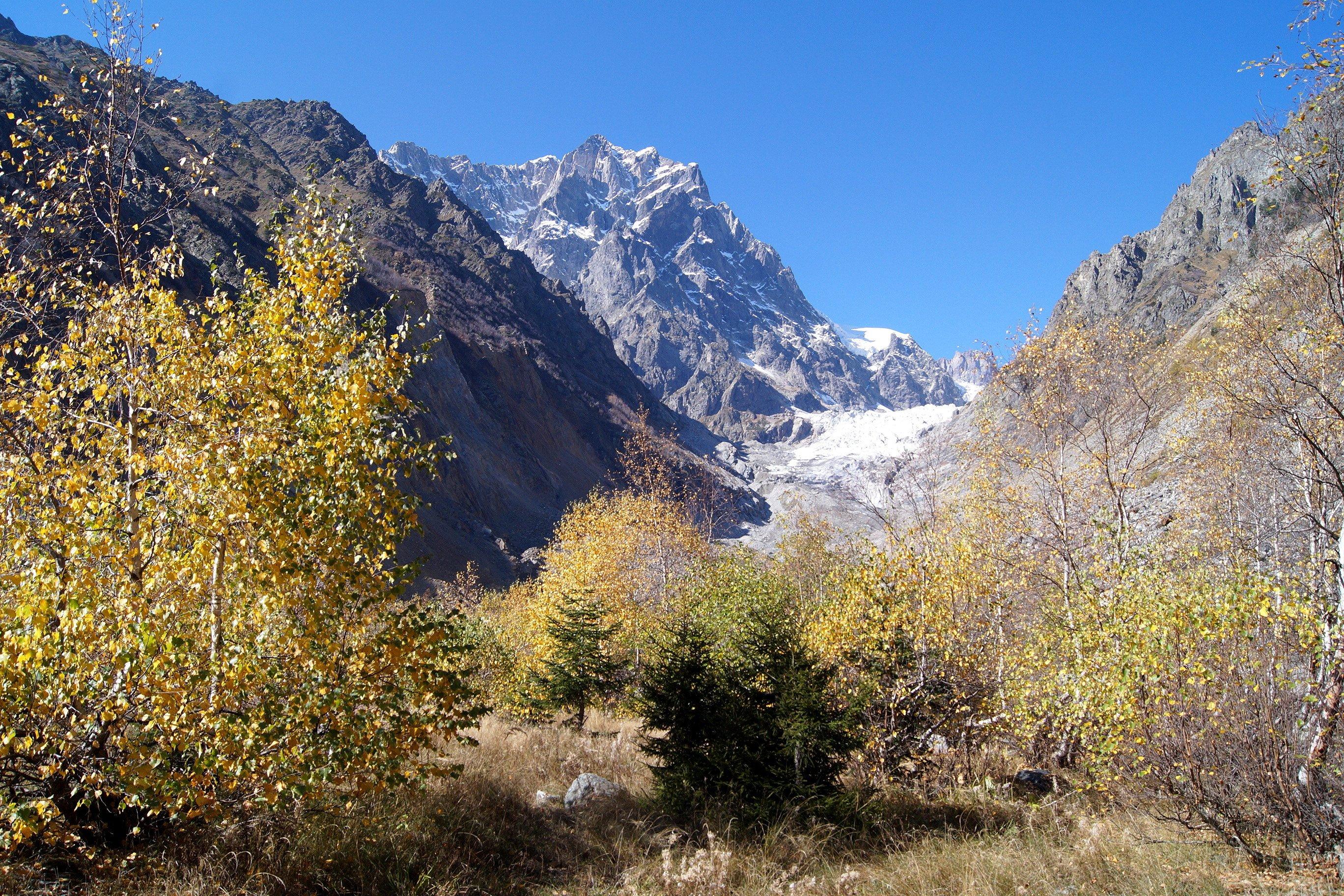 Сванетия, ледник Чалаади (Заметки из солнечного отпуска. День 3)
