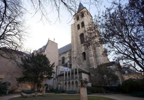 Церковь Сен-Жермен-де-Пре.jpg
