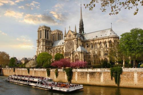 965087-katedra-notre-dame-w-paryzu.jpg