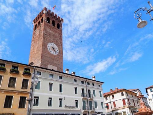 Городская башня в Бассано..jpg