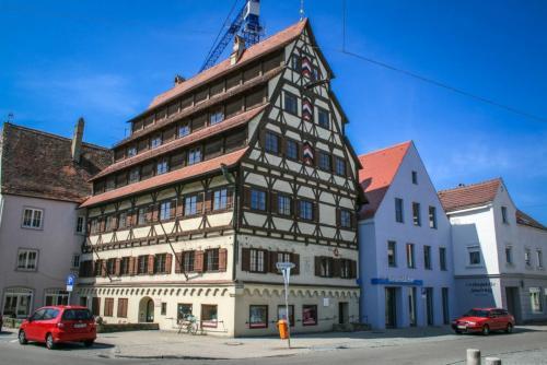 Siebendaecherhaus-1280x853.jpg