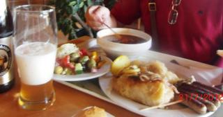 Ужин Германия трасса.JPG