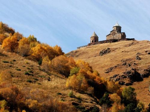 kazbegi_05 640x480.jpg