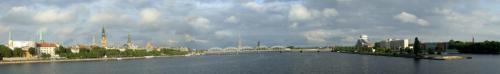 109 - Вид на Ригу с моста через р.Западная Двина.JPG