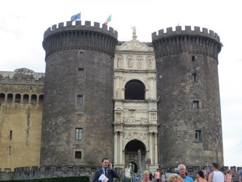 Неаполь. Ворота.jpg
