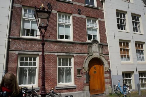 14.05.12_184_Амстердам_Бегинаж.JPG
