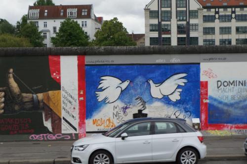 14.05.11_067_Берлин_Стена.JPG