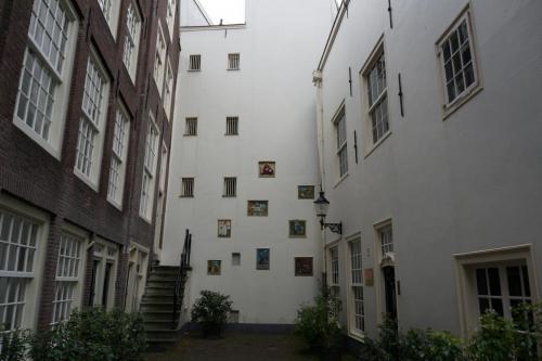 14.05.12_191_Амстердам_Бегинаж.JPG