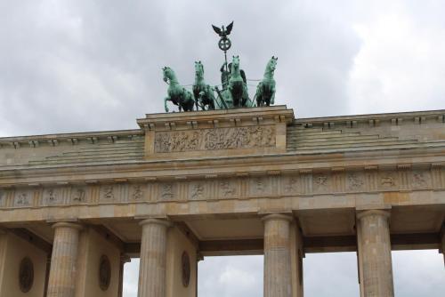 14.05.11_198_Берлин_Брандербургские ворота.JPG
